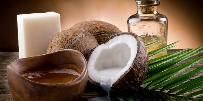 Zázračný kokos pro zdraví a krásu - znáte kokosovou vodu, olej a mléko?