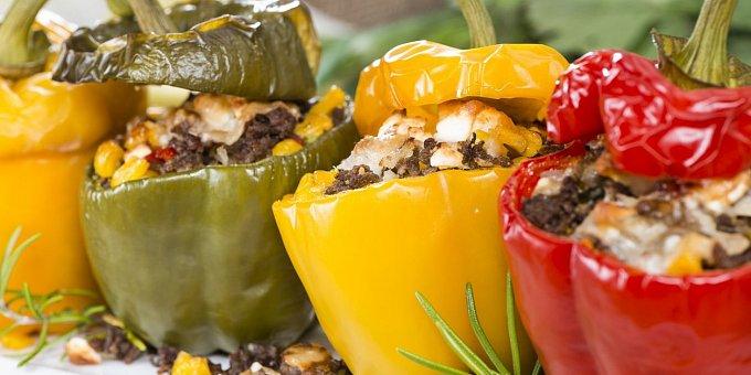 5 receptů na plněné papriky: S masem, sýrem i čočkou