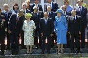 S americkým prezidentem Barackem Obamou a královnou Alžbětou