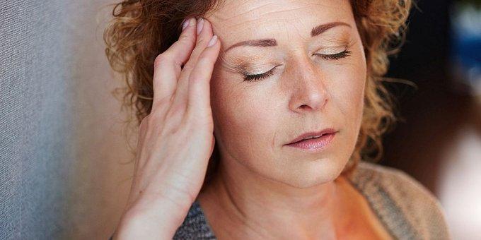 Léčba migrény: Které léky a vitamíny přinášejí úlevu?