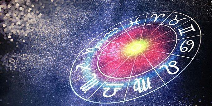 Horoskop na únor: Býky čeká úspěch v práci, Ryby, pozor na šéfa!