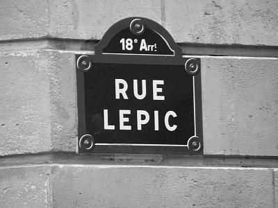 Cedulka Rue Lepic