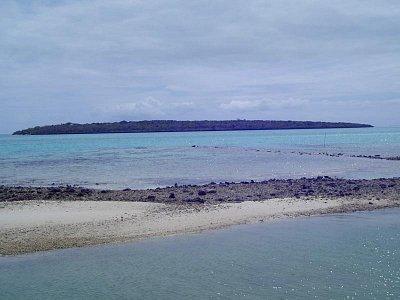 Pohled z pevniny na Ile aux Aigrettes