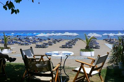 pláž ve Faliraki (nahrál: Hanka)