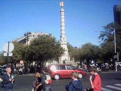 fontána na náměstí u Chatelet (nahrál: slávka)