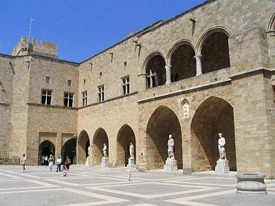 Palác velmistrů (nahrál: admin)