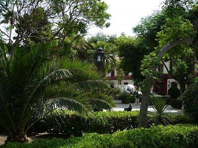Park podél promenády (nahrál: Katka)