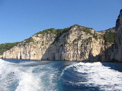 Paxos - západní pobřeží - Celodenní výlet z Lakky za asi 25euro (nahrál: LenkaK)