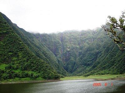 nádhera jezera Le Grand Étang (nahrál: admin)