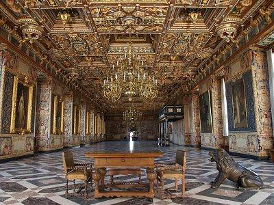 reprezentativní sál zámku (nahrál: admin)