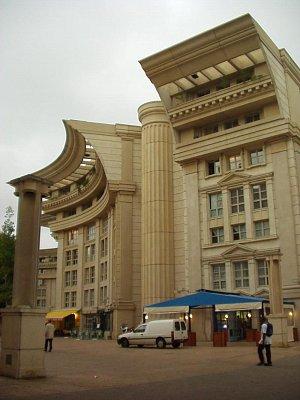 Moderní architektura v Montpellier (nahrál: admin)