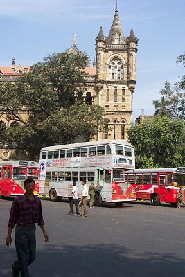 Patrové autobusy v Mumbaji (nahrál: admin)