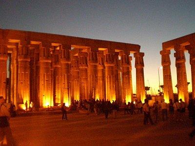 Luxorské sloupové nádvoří - Fakt kráááása (nahrál: lovenka13-Bára)