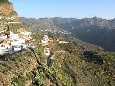 pohled do hor z Artenary (nahrál: Jana Požgayová)