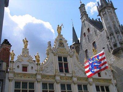 Bruggy: Stadhuis (nahrál: admin)