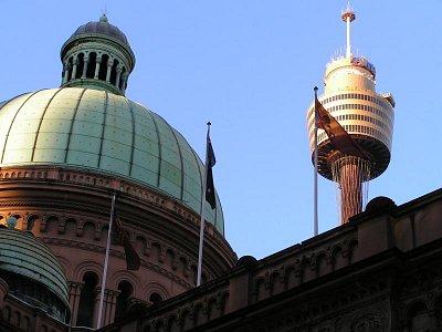 Queen Building a známá věž v Sydney (nahrál: admin)