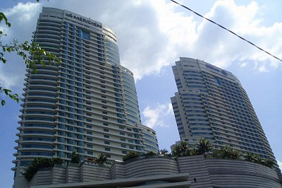 Hilton a Meridien (nahrál: admin)