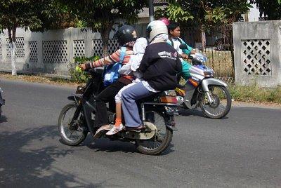 Motorka - nejoblíbenější dopravní prostředek (nahrál: admin)