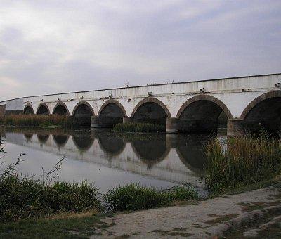 Hortobágy - Most Hortobágy, nejdelší kamenný most v Maďarsku (nahrál: Šárkaa)