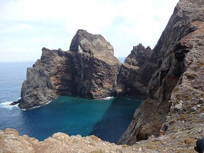 Poloostrov Ponta de Sao Lourenco - Úchvatný pohled na bizardní útesy (nahrál: jannak)