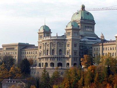 Bundeshaus (nahrál: Petr Nedbal)