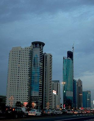 Dubai (nahrál: emiliana)