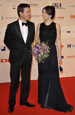 Prince Frederik and Mary - Denmark's Crown Prince Frederik and Crown Princess Mary graced the red carpet of the European Film Awards 2008 in Copenhagen on Saturday, December 6, 2008.  (nahrál: Veronika)