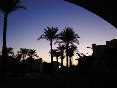 ..pohled z postele na svítání - Ain Soukhna (nahrál: Oldrich Kvapil )