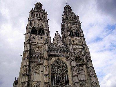 Tours - katedrála (nahrál: petras21)