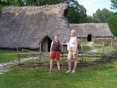 tunum Verde muzeum Vitlicka - chatrče a políčka, jak se žilo v době kamenné ve Švedsku vše je přistupné vč. chatrčí. Památka Unesco (nahrál: josef Vágner)