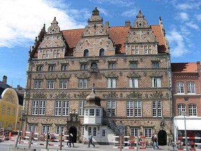 radnice (nahrál: Knoppová Zdeňka)