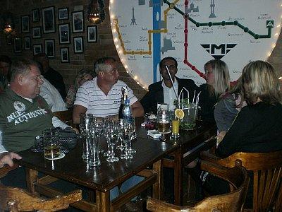 Praha cafe - Nasi stali hoste... (nahrál: BaR)