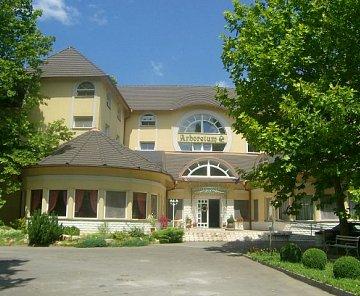 Hotel Arboretum, Harkany