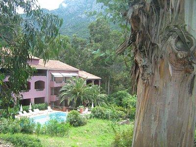 Villa a Eucalypt - Je tu spousta kouzelných zákoutí (nahrál: Adam Jasný/ Oriami)