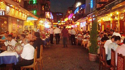 noční Istanbul (nahrál: Hana Konrádová)