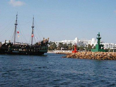 Piráti a majáky (nahrál: HelčaS)