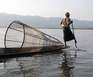 BARMSKÉ DNY aneb MYANMA 2010 - LAKE INLE