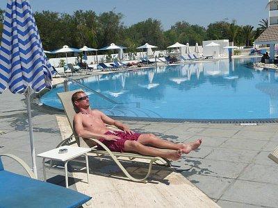 u bazénu (nahrál: alena)