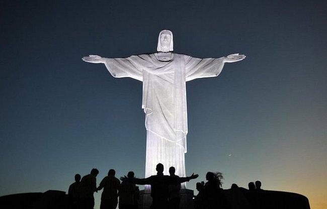 Kristus bdí všude