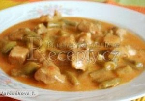 Lahůdkový guláš s fazolkami