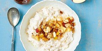 Rýžová kaše s jablky a mandlemi