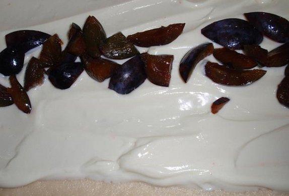 Švestkový závin s tvarohem (mákem)