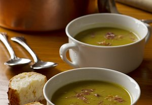 Hrahová polévka