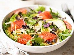Fenyklový salát s červeným pomerančem