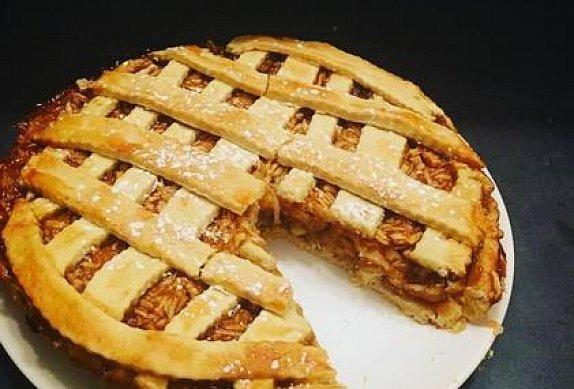 Tradiční jablečný koláč