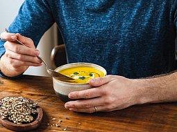 Polévka z kořenové zeleniny