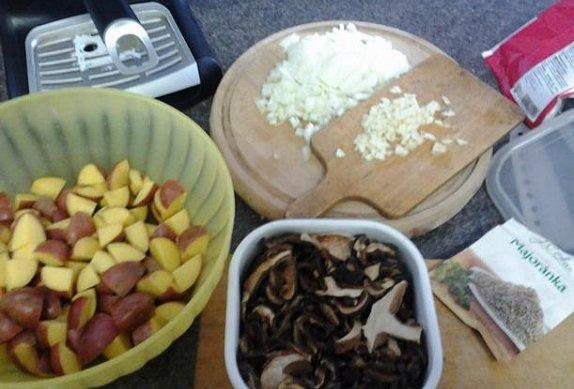 Houbová bramboračka