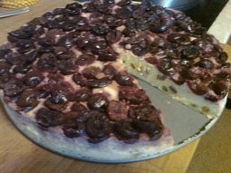 Tvarohový koláč s třešněmi