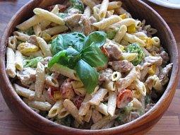 Výborný těstovinový salát
