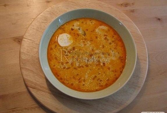 Polévka z vajíček natvrdo